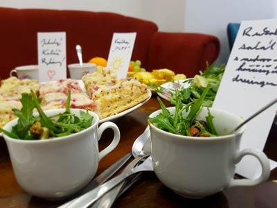 Co znamená meeting-snídaně?